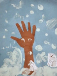 Puffy-Paint-Handprint-Art
